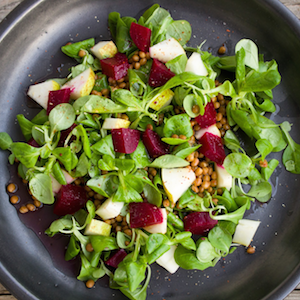 How to Make a Healthy, Delicious Salad